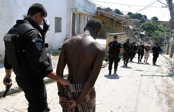 Image result for преступность в бразилии фото